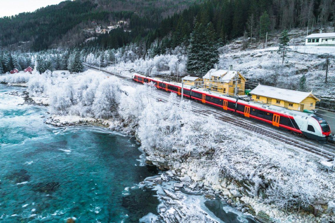 viaggiare turismo lento in treno
